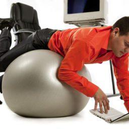 Consejos para estar en forma en la oficina