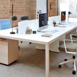 Mesa operativa de oficina Prisma