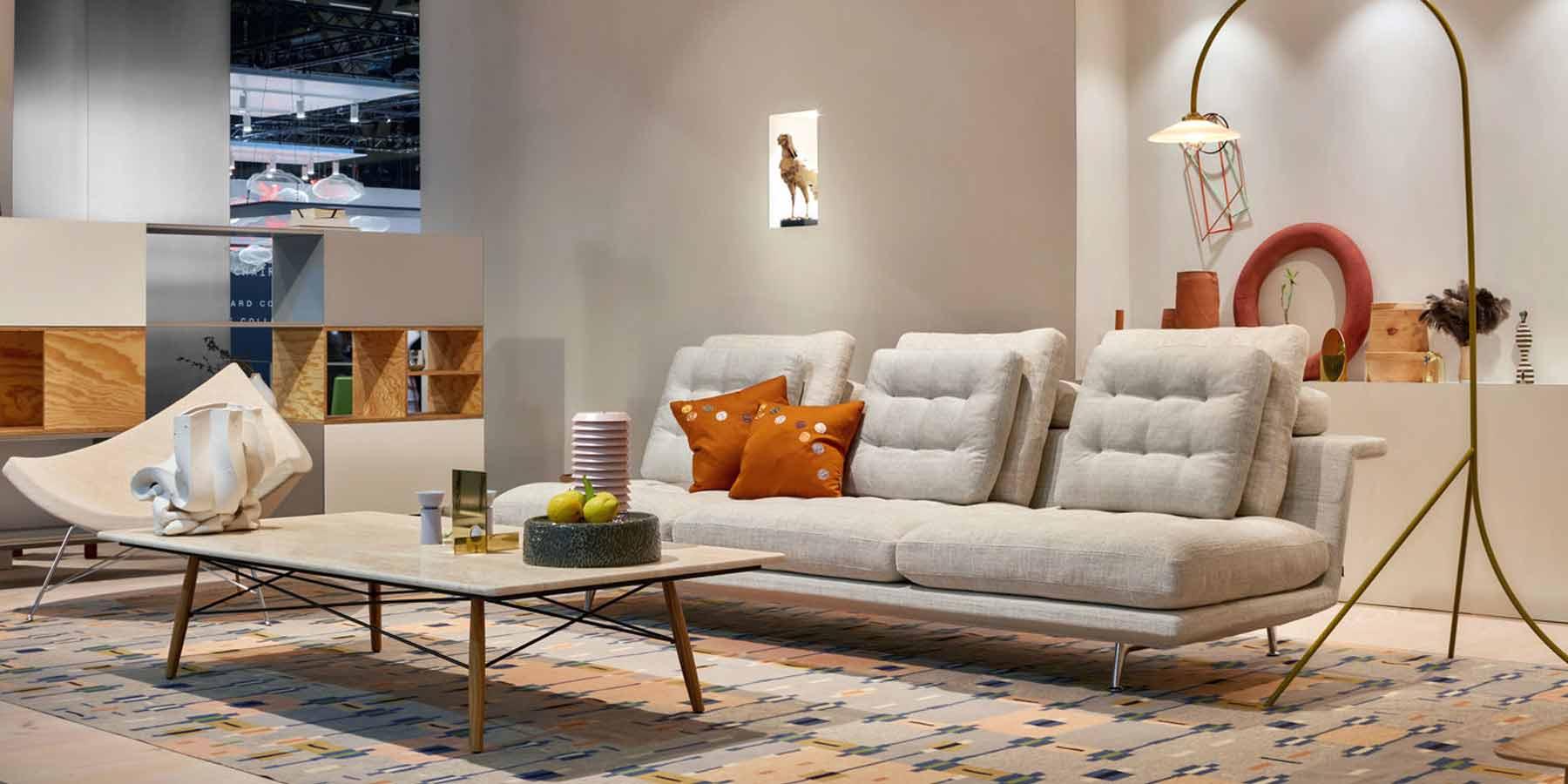 nueva sofá de Vitra en Milán