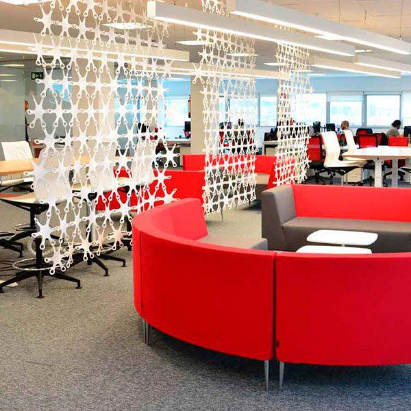 Un buen ejemplo de oficinas minimalistas en Madrid: conoce OpenJaw